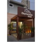 comunicação visual para hotéis Francisco Morato